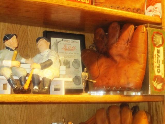 Ty Cobb Glove