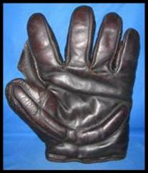 Full Web Glove from the 1910s