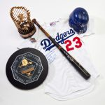 Kirk Gibson signed game used items 1988 World Series