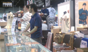 Huggins and Scott Auctions booth