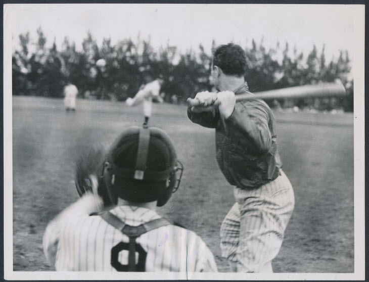 1936 Lou Gehrig photograph