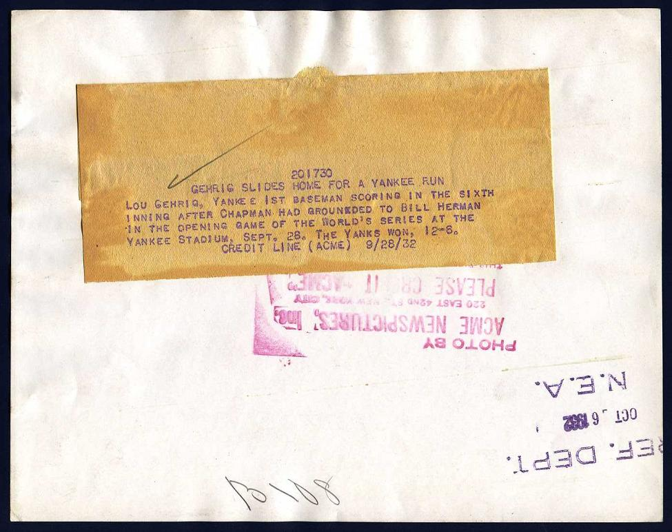 1932 Lou Gehrig photo with brown paper cation sheet, ACME Newspictures, NEA and date stamp.