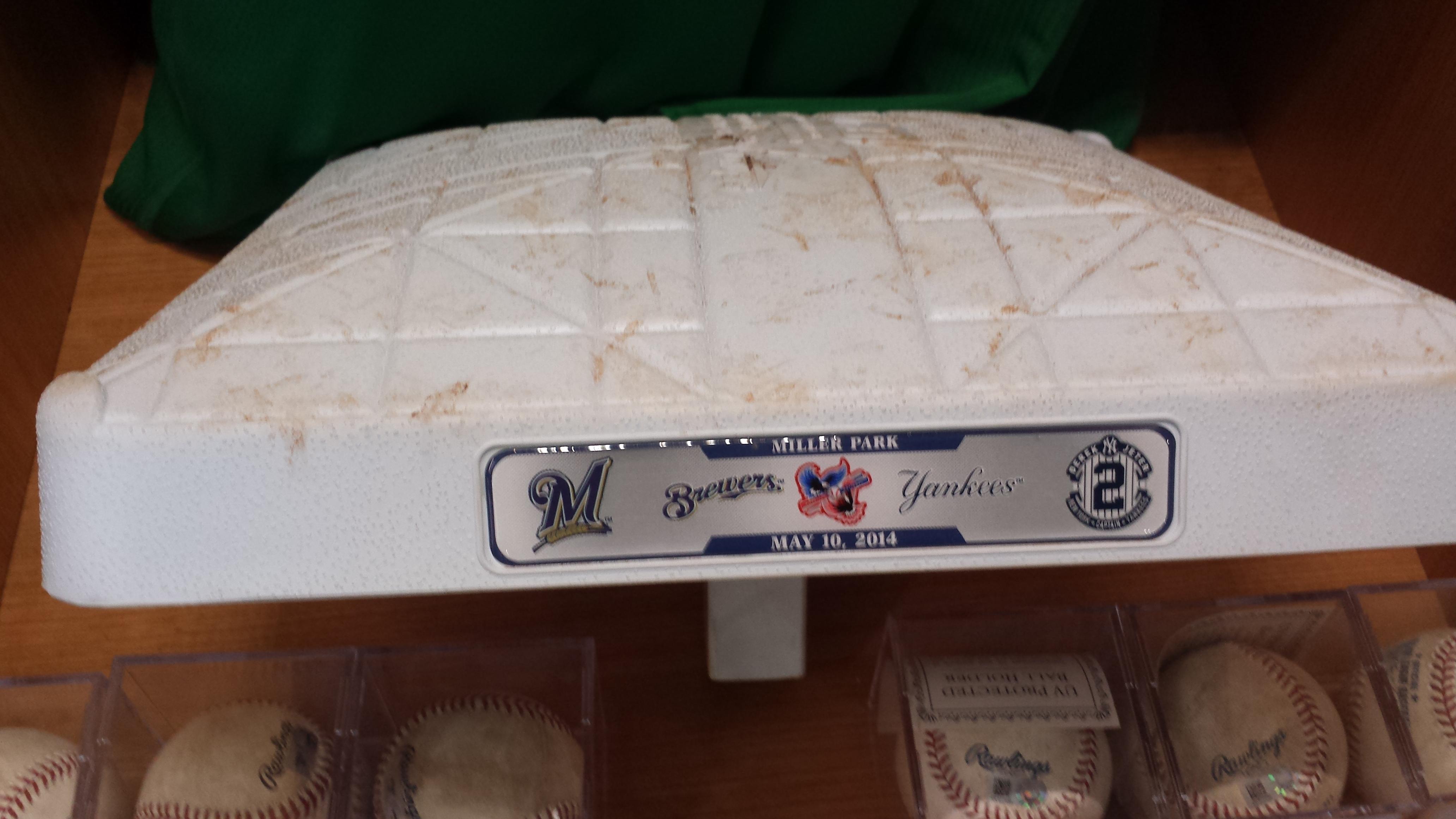 Brewers vs Yankees game used base