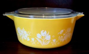 Antique Pyrex cooking wear is collectible