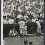 Fans cheer Joe DiMaggio 1941