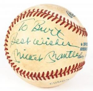 Burt Reynolds owned Mickey Mantle signed ball