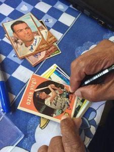Autograph signing Ozzie Virgil