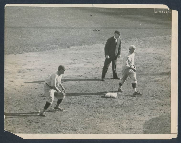 Babe Ruth 1921 World Series photo