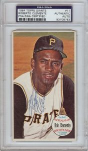 Roberto Clemente autographed 1964 Topps Giants