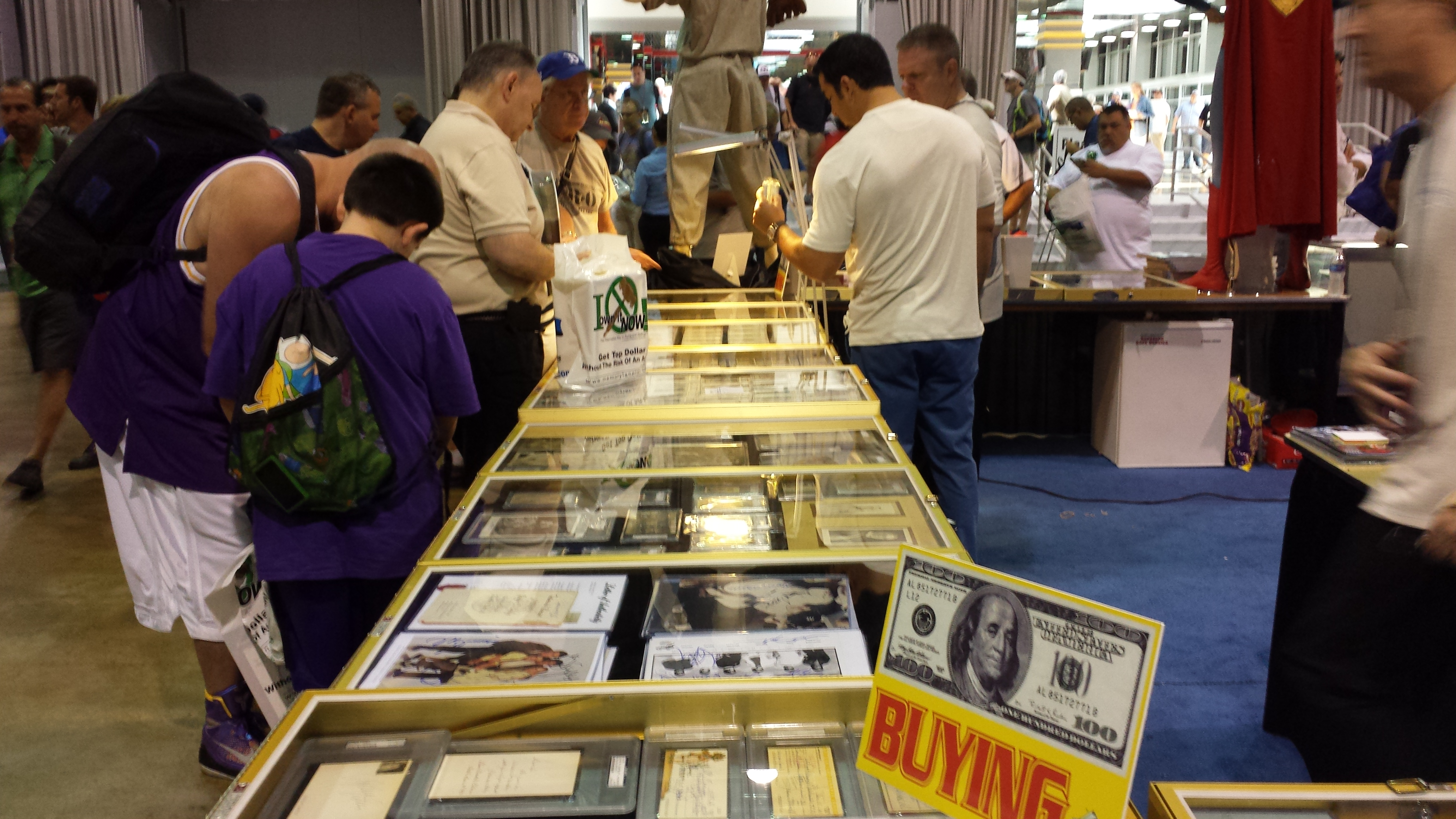 National Sports Collectors Convention showcases
