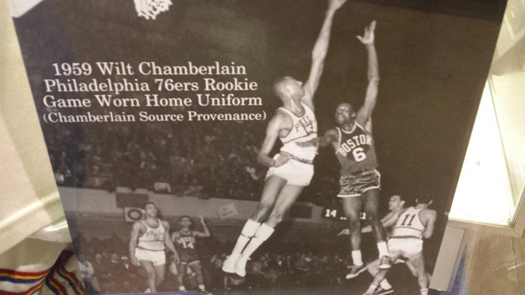Wilt Chamberlain vs Bill Russell