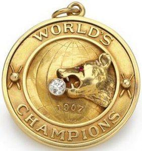 1907-chicago-cubs-pendant-award