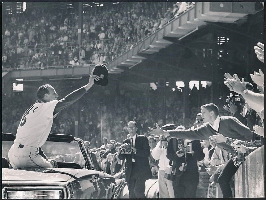 1963 photo Stan Musial last home game