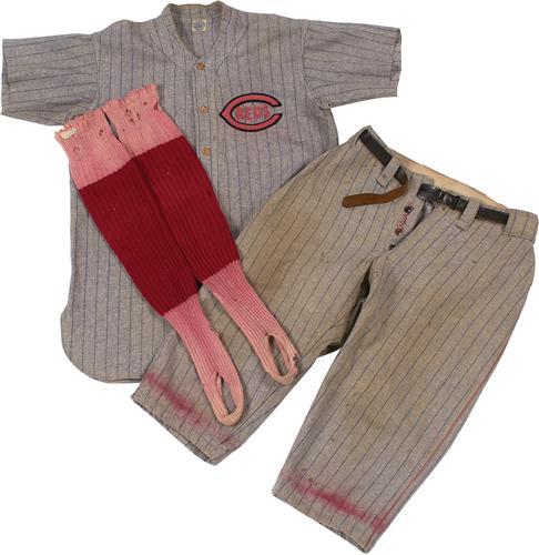 1927 Cincinnati Reds game uniform Pid Purdy