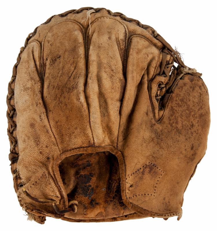 Catchers mitt Babe Ruth