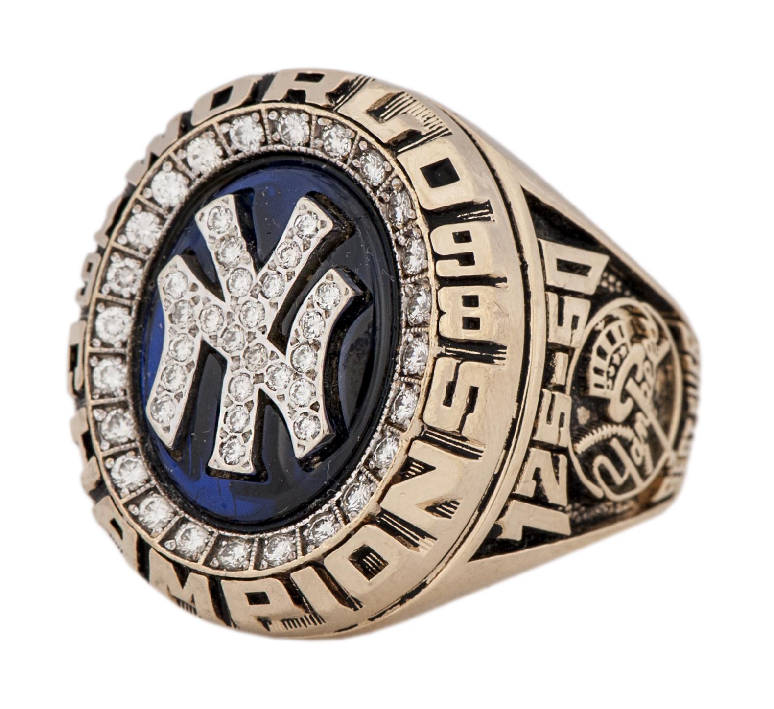 New York Yankees 1998 World Series ring