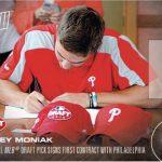 Mickey Moniak Topps NOW baseball card